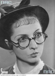 Jadwiga Smosarska, polska aktorka w filmie Dwie Joasie